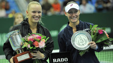 Caroline Wozniacki (left) and Sam Stosur
