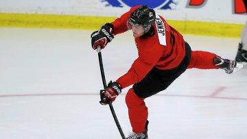 Нападающий клуба НХЛ Коламбус Дженнер выбыл из строя на 1-2 месяца
