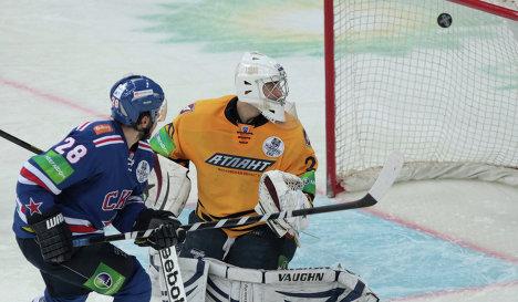 Mikhail Varnakov scores a goal