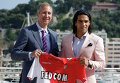 Vadim Vasilyev (left) and Falcao