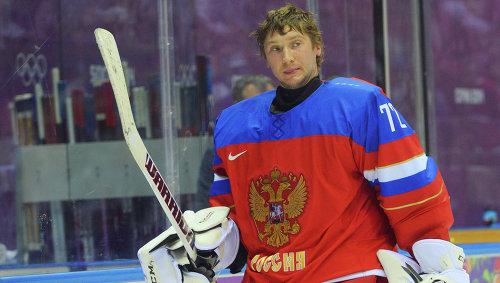 Бобровский будет защищать ворота в