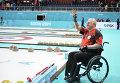 Джим Армстронг (Канада) радуется победе в полуфинальном матче между сборными командами Канады и Китая
