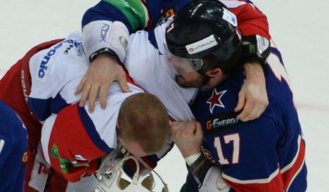 KHL: Ilya Kovalchuk Escapes Sanctions Over Fight (Is He Chomping On That Guy?)