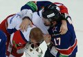 Kovalchuk (right) and Holos during Wednesday's fight