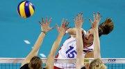 Нападающая сборной России по волейболу Татьяна Кошелева в матче против команды Бельгии