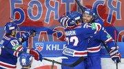 Хоккеисты СКА Евгений Дадонов, Артемий Панарин и Илья Ковальчук (слева направо)