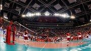 Игроки на разминке перед матчем чемпионата мира по волейболу между командами Польши и России