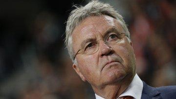 Хиддинк не будет уволен с поста главного тренера сборной Голландии до 16 ноября
