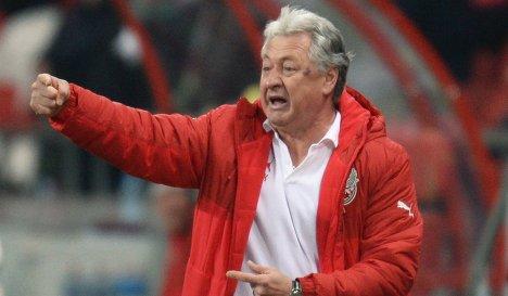 Ринат Билялетдинов: у Бурлака - не то отношение к тренировкам, какое должно быть у игрока основы