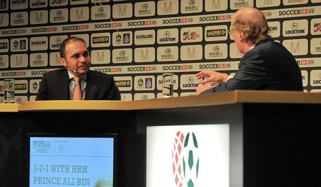 Принц Иордании Аль-Хусейн приветствует выдвижение ван Праага на пост главы ФИФА